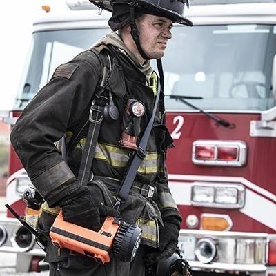 Ładowalny szperacz strażacki Spot FireBox, 230V AC/12V DC, 540 lm